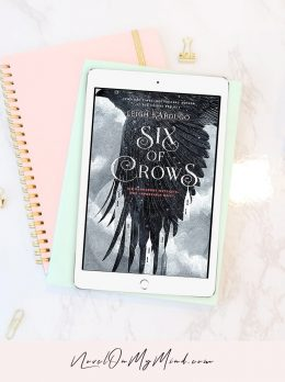 A photo of the book Six of Crows by Leigh Bardugo Book